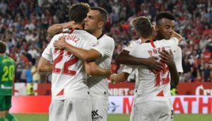 El Sevilla FC se hace fuerte en casa y remonta a la Real Sociedad