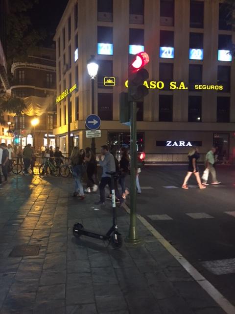 Los patinetes eléctricos siguen tomando las aceras