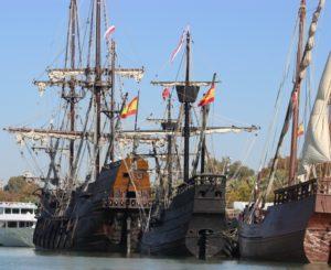 El Muelle de las Delicias recibe a La Nao Victoria, el Galeón Andalucía y la carabela Veracruz para conmemorar el V Centenario de la Primera Vuelta al Mundo