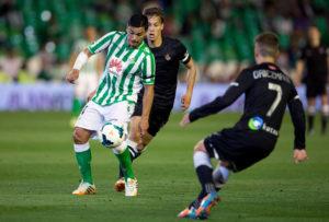 Borja Iglesias, Joaquín y Canales dan los tres puntos al Real Betis ante la Real Sociedad