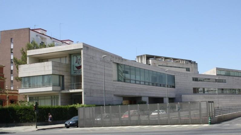 La Archidiócesis de Sevilla se alía contra el coronavirus ofreciendo el Seminario y donando 300.000 euros