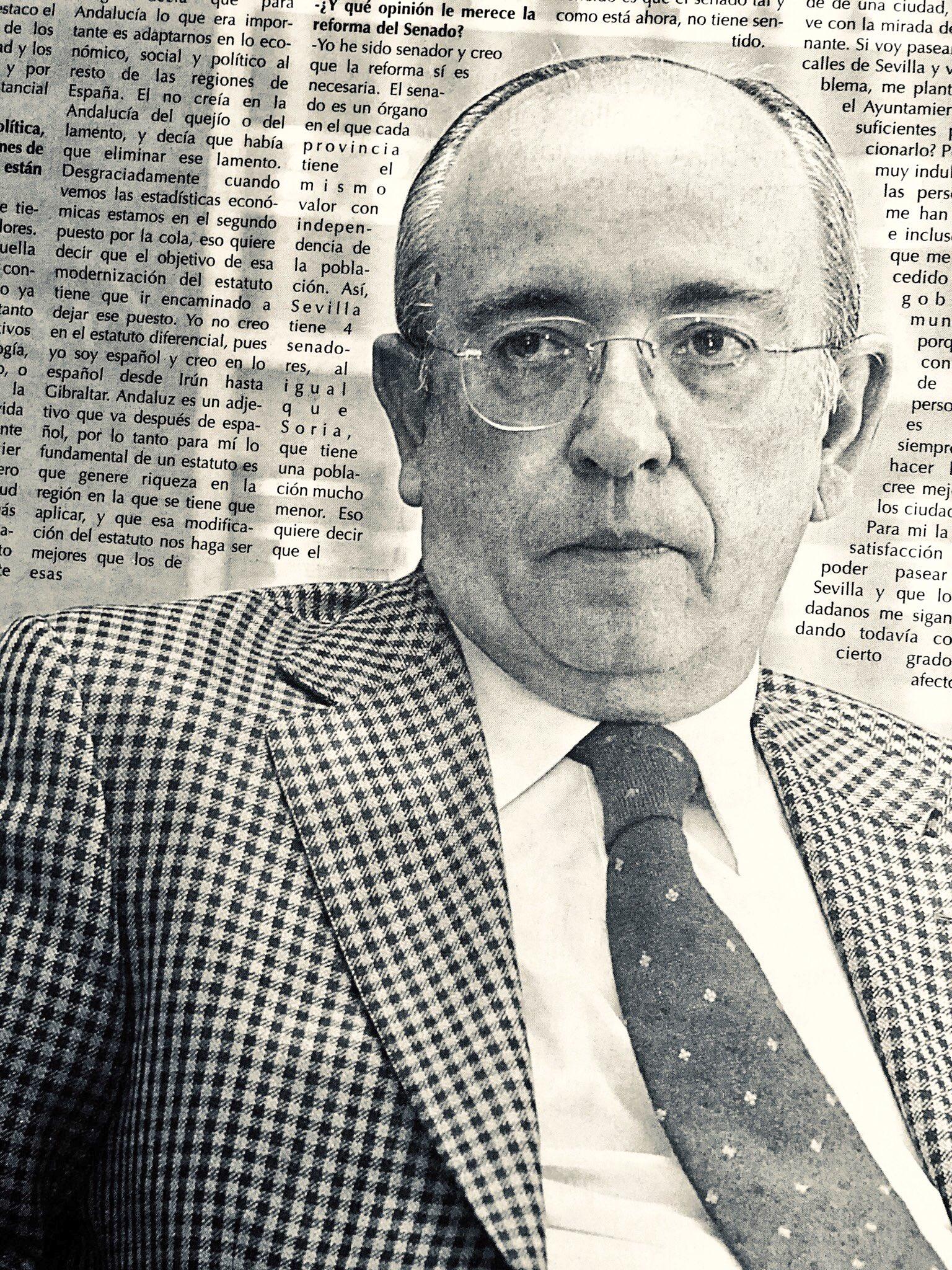 Manuel del Valle y su visión de los 25 años de democracia