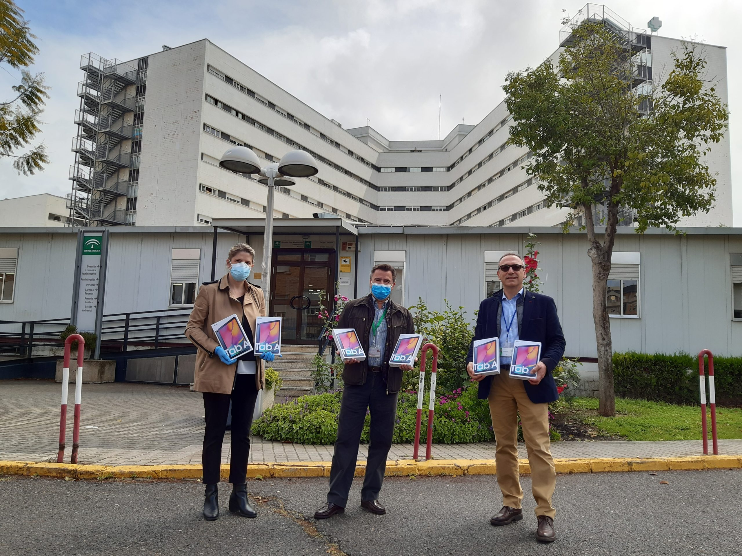 Metro de Sevilla dona material sanitario y tablets para combatir la crisis del coronavirus
