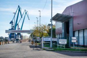 La Zona Franca recaba información sobre las consecuencias de la crisis en sus empresas