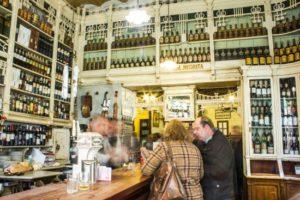 La Academia Sevillana de Gastronomía  fomenta las tapas como clave de recuperación tras el confinamiento