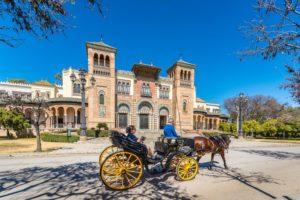 """Un comité de expertos prepara el """"Plan 8"""" para recuperar el sector turístico"""