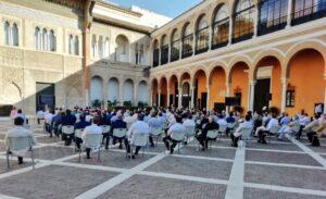 Los Hermanos Mayores aprueban por aclamación el plan del Consejo para incentivar la donación del importe de las sillas