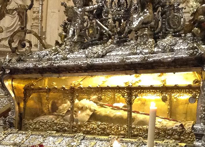 La Catedral prepara los actos en honor a San Fernando pero no abrirá la urna del Rey Santo