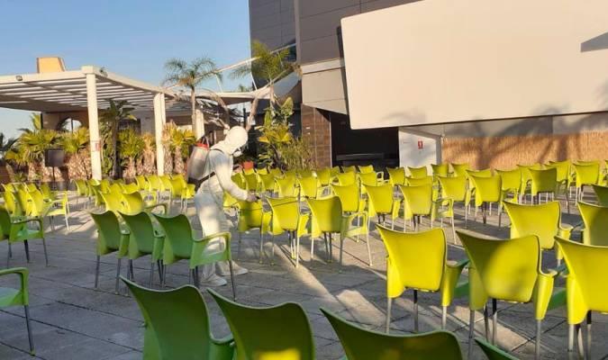 Abre el primer cine de verano de Sevilla gratis para los 'Héroes sin capa'