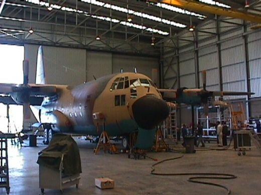 Adjudicado un contrato a Airbus e Indra para el mantenimiento de aeronaves militares en la Maestranza Aérea de Sevilla