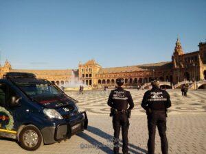 Movilizados 1.500 agentes en Sevilla para garantizar la seguridad de los turistas