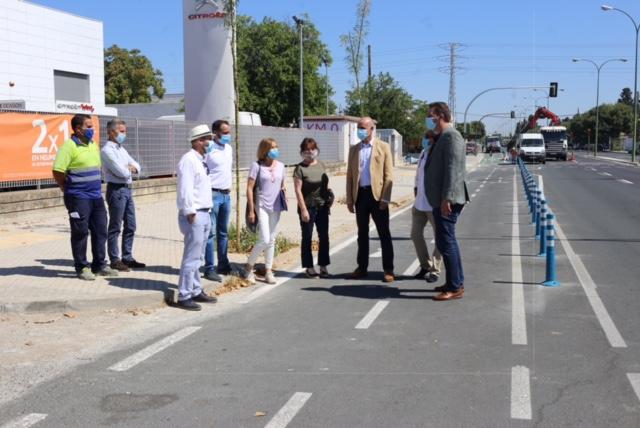 Nuevo carril bici en la Avenida Doctor Fedriani y un nuevo itinerario peatonal que reduce el tráfico
