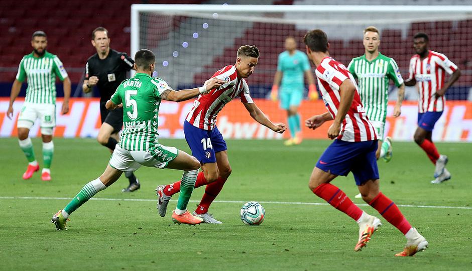 La falta de acierto del Betis deja a los verdiblancos a cero frente al Atlético