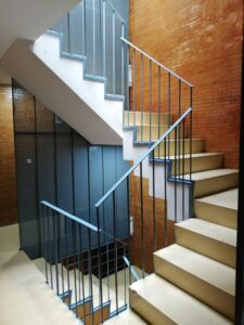 La Junta instalará ascensores para mejorar la accesibilidad en 90 viviendas