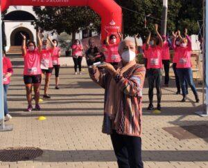 Más de 3.000 personas se unen a la lucha contra el cáncer de mama en la Carrera de la Mujer del Alamillo