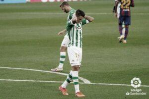 Dura derrota del Real Betis en el Camp Nou