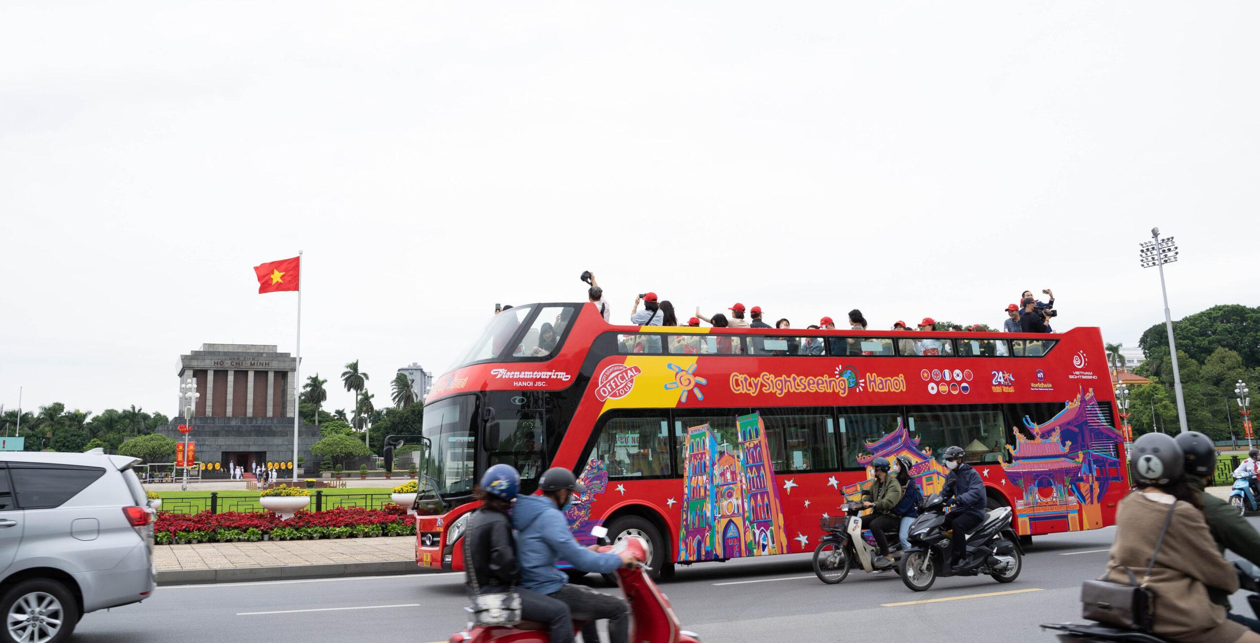 La multinacional hispalense City Sightseeing impulsa su expansión en Asia
