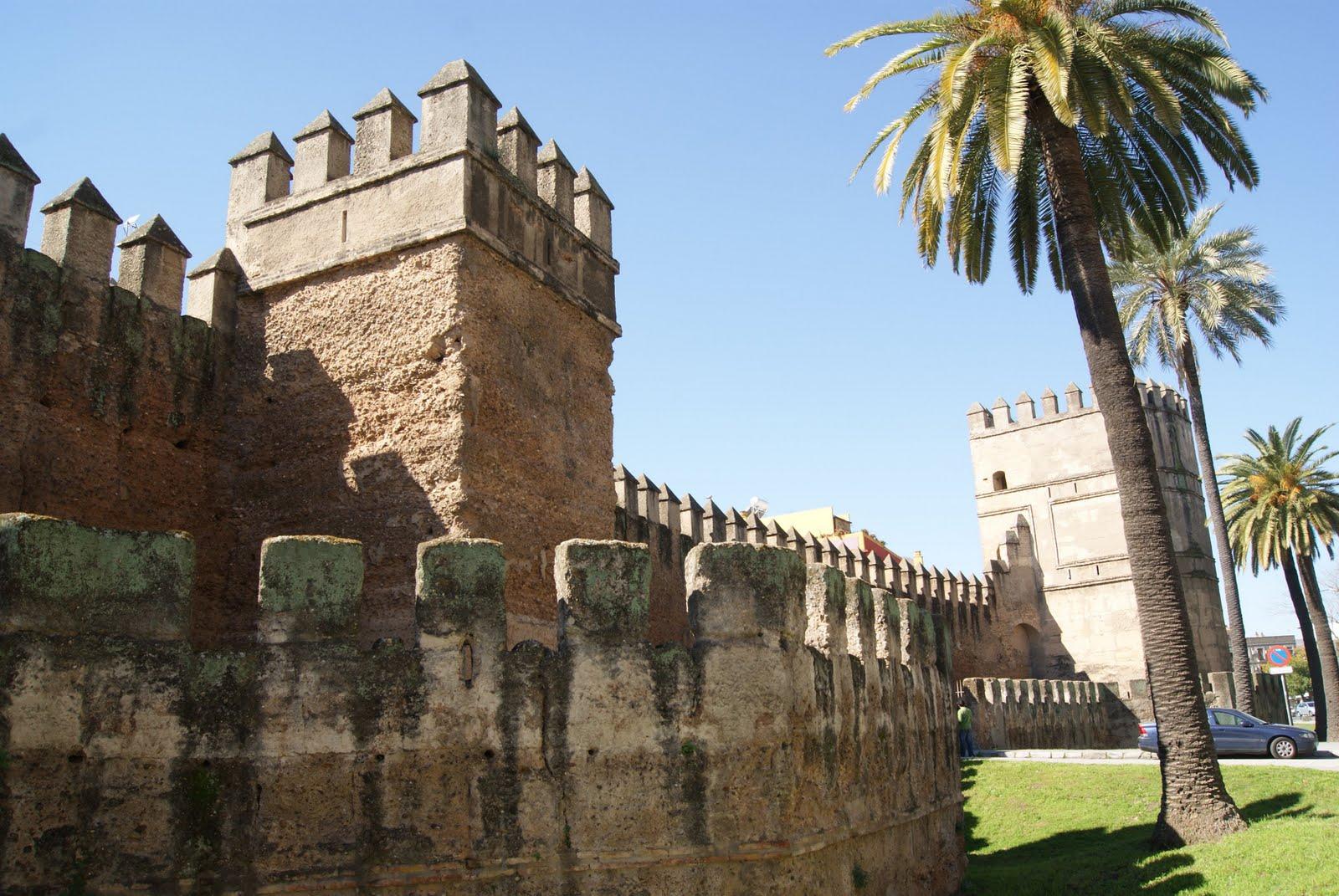 Adjudicadas las obras de restauración de la Muralla de la Macarena