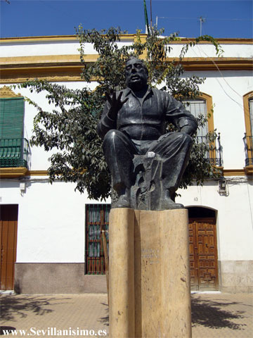 Las estatuas de Caracol, La Niña de los Peines y Chicuelo en La Alameda, serán restauradas