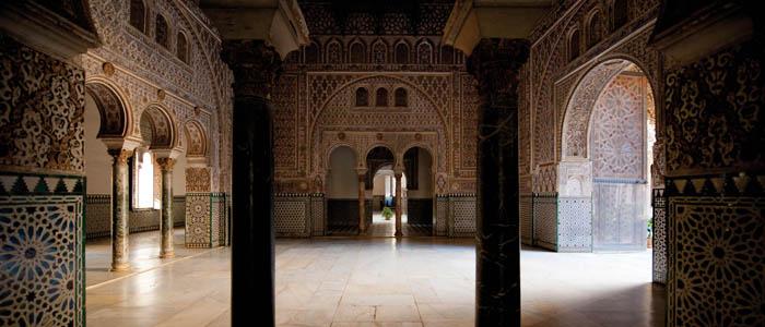 Los sevillanos redescubren el Alcázar durante la pandemia