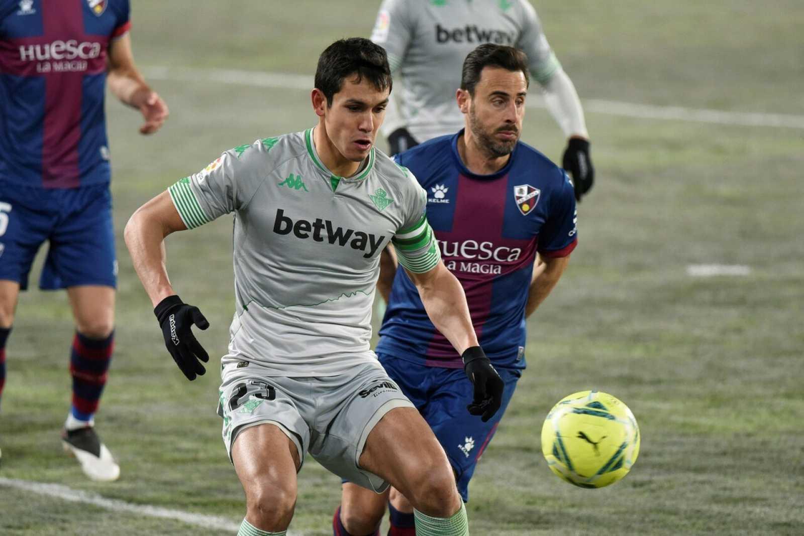 El Real Betis se descongela en Huesca
