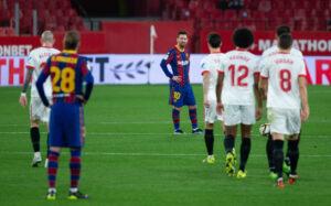 Derrota del Sevilla FC frente al mejor Barcelona de la temporada