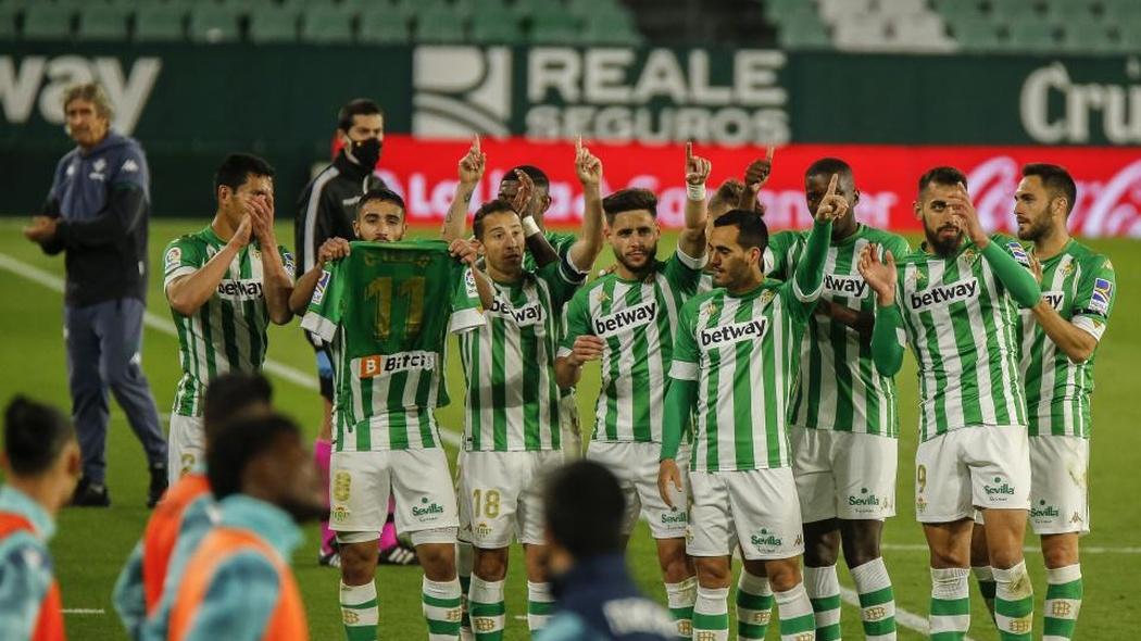 En este momento estás viendo Triunfo del Real Betis ante el Levante, dedicado a Tello