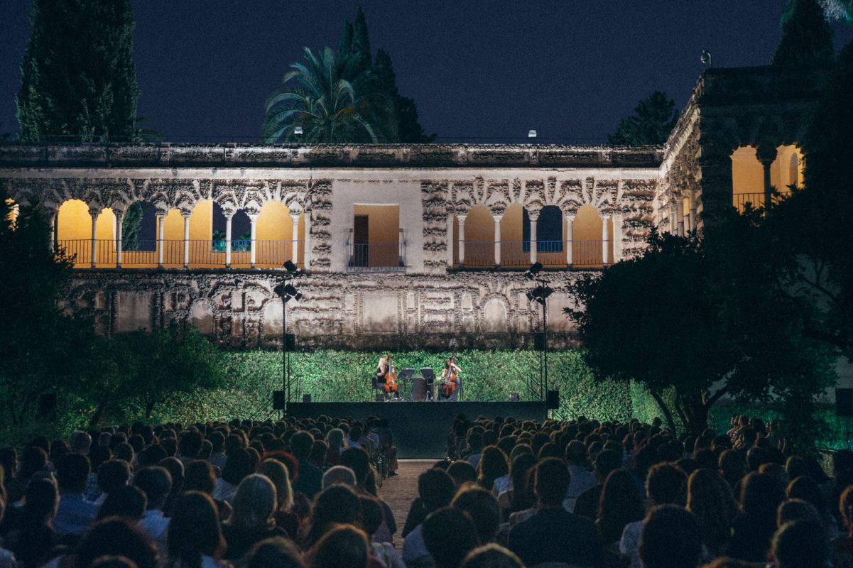 En este momento estás viendo Las Noches en los Jardines del Alcázar tienen como protagonista a Alfonso X el Sabio