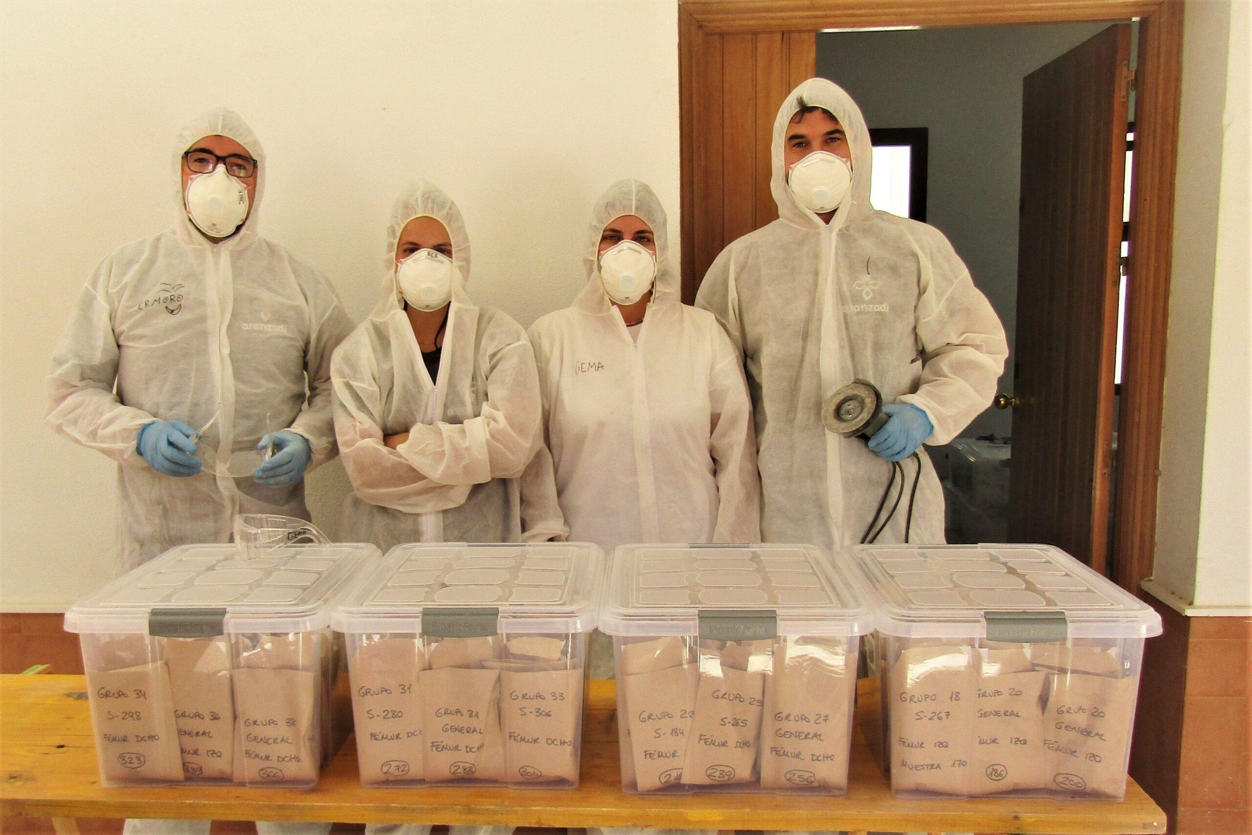 En este momento estás viendo El laboratorio 202 identificará nuevas muestras óseas extraídas en la Fosa de Pico Reja