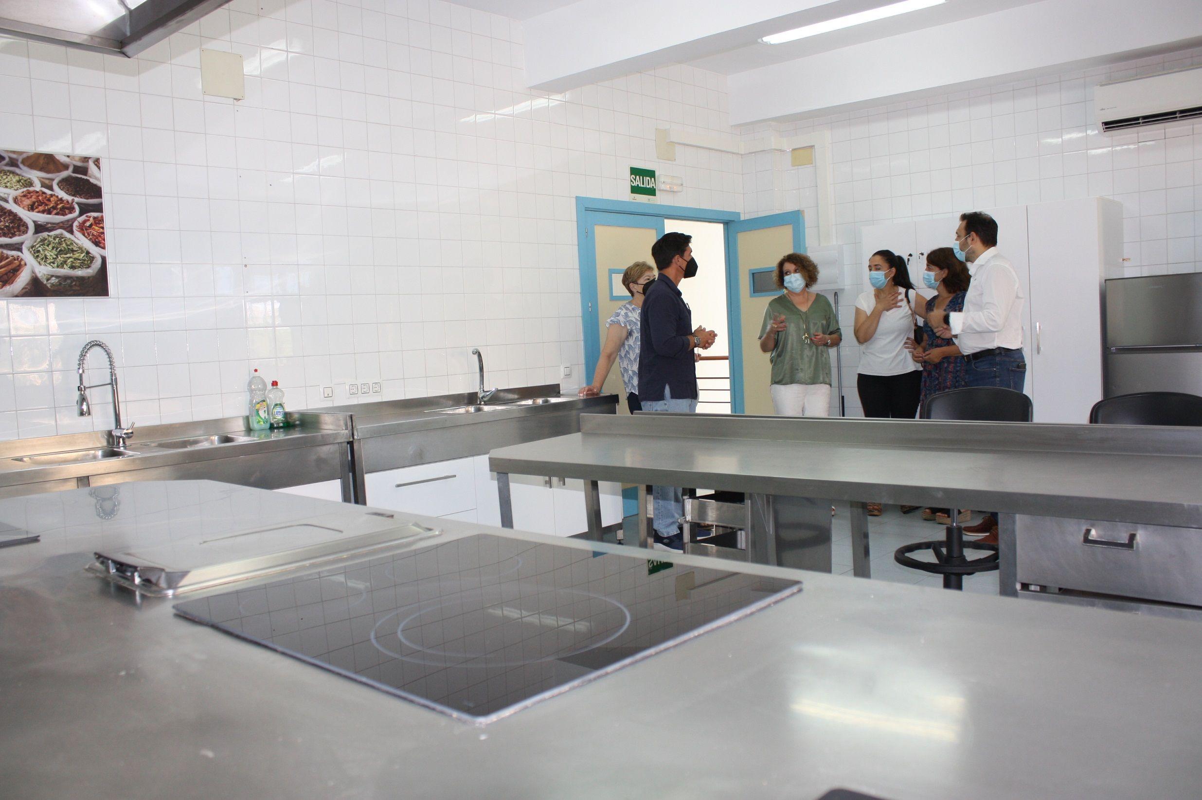 En este momento estás viendo Mejoras para los talleres de cocina del Centro Cívico de San Pablo